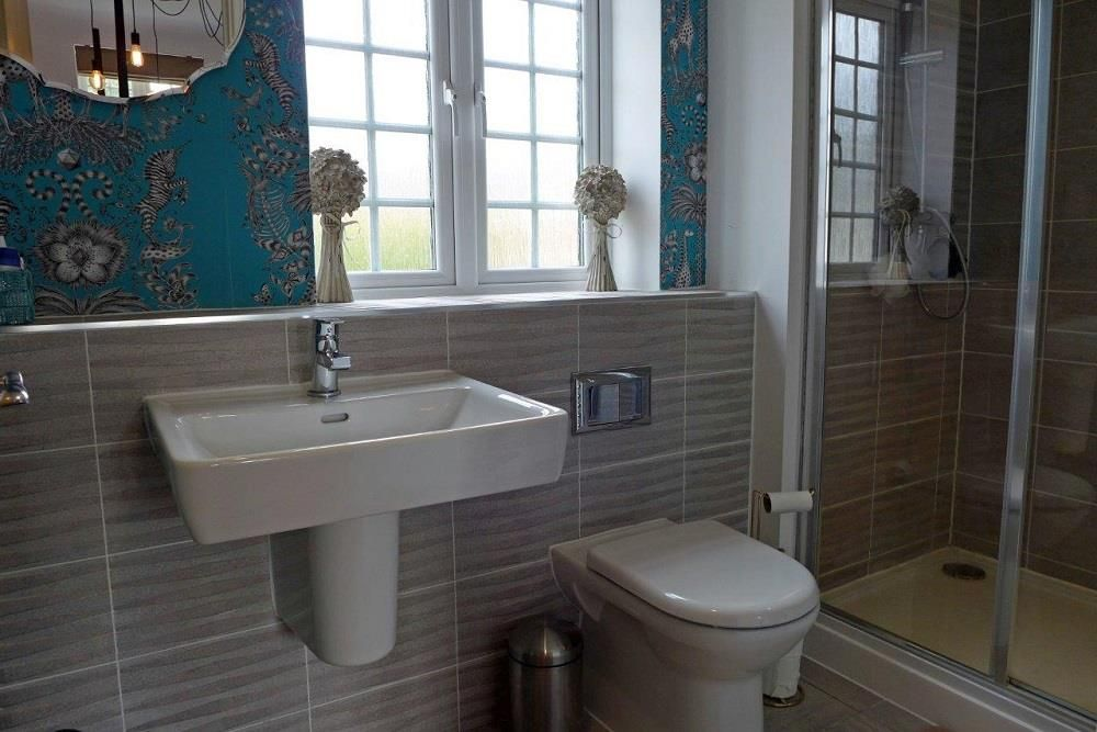 3 bed detached for sale in Hagley 12