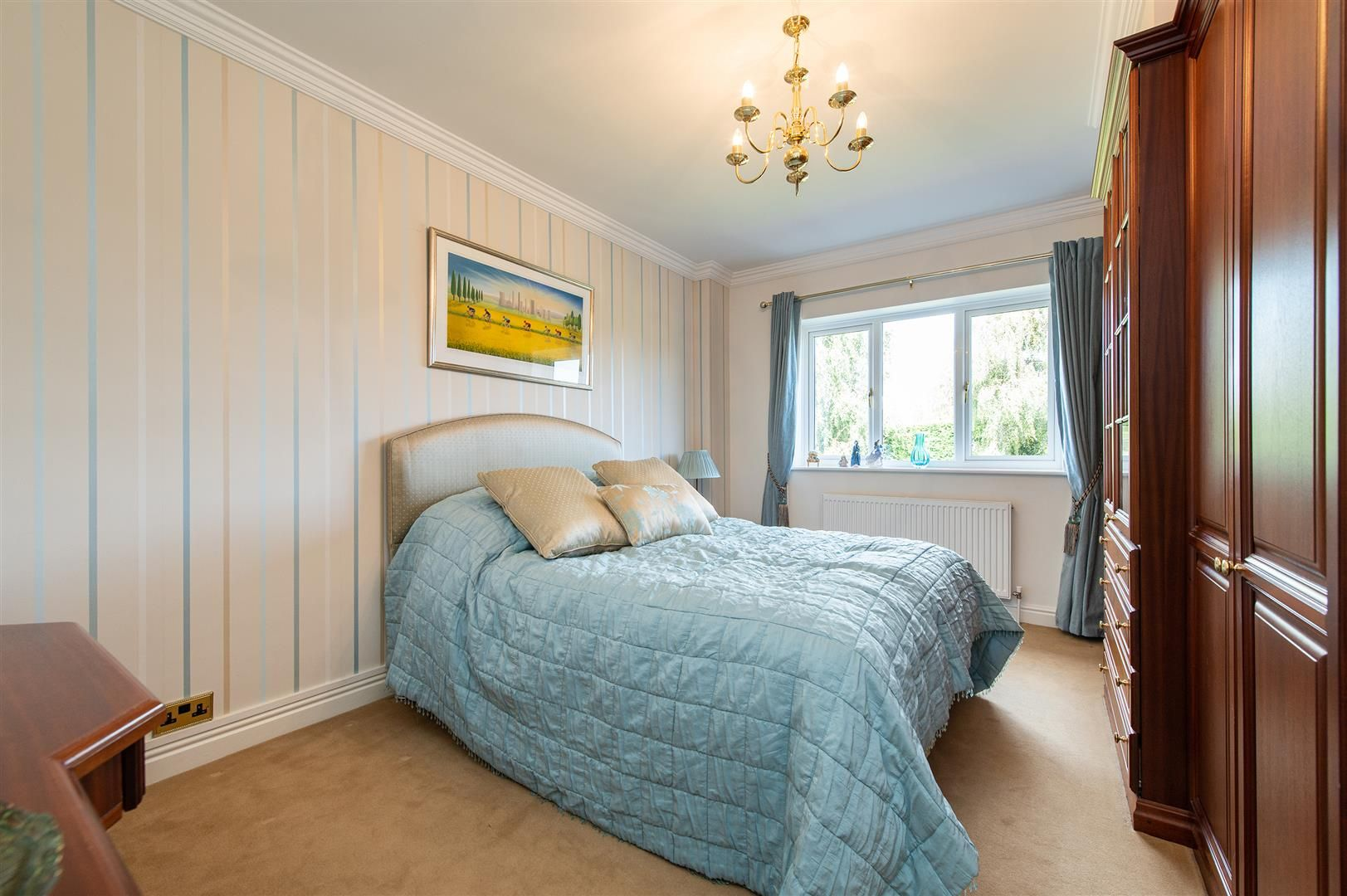 4 bed detached for sale 20