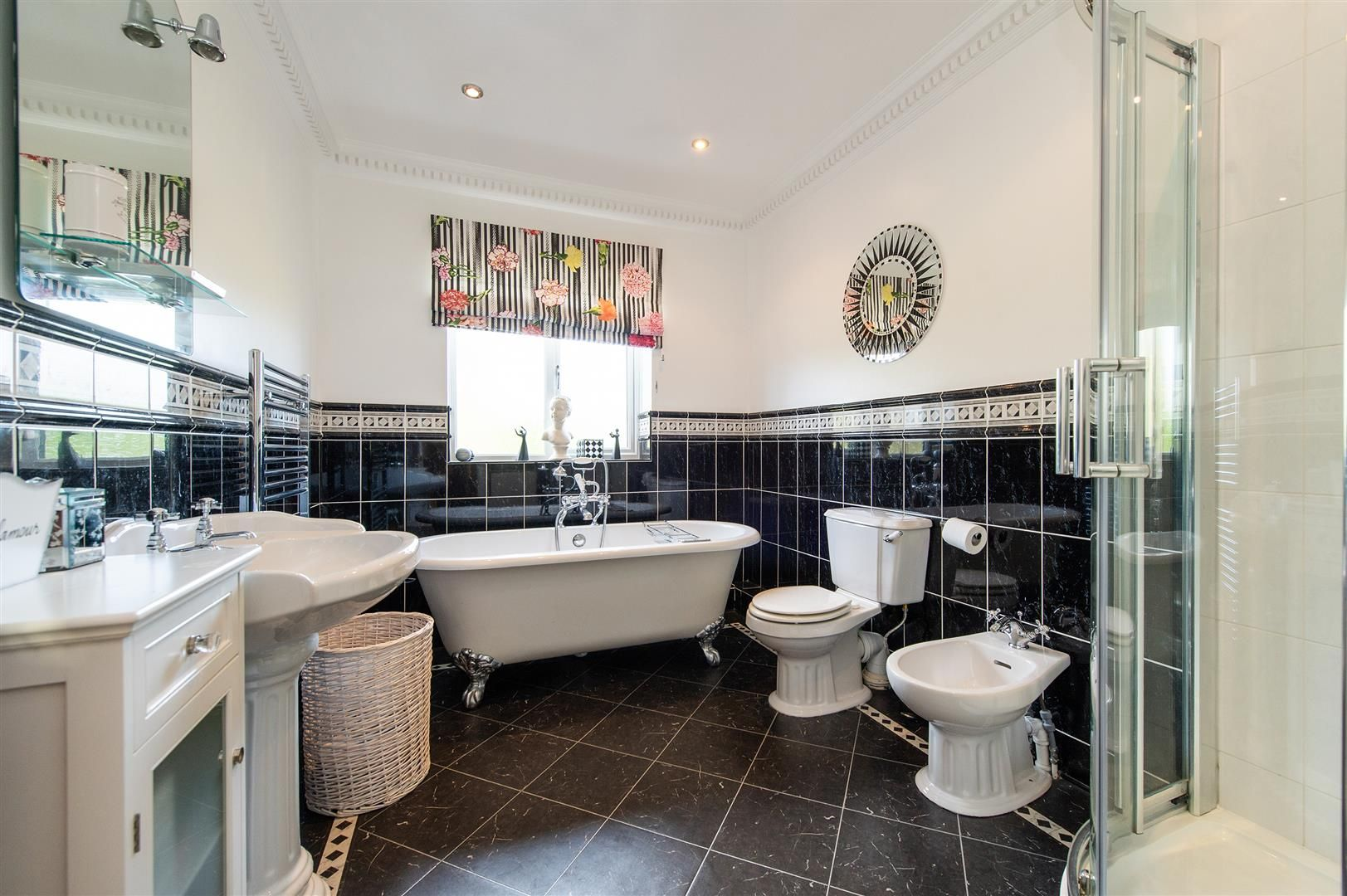 4 bed detached for sale 22
