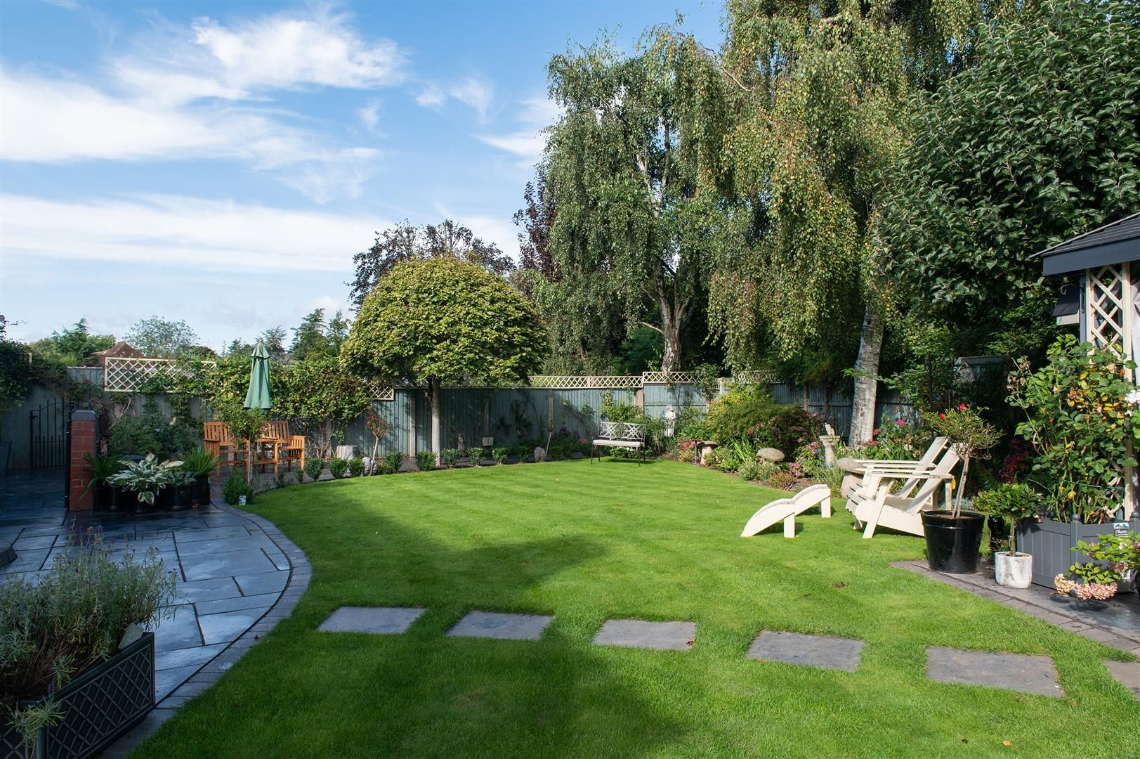 4 bed detached for sale 26