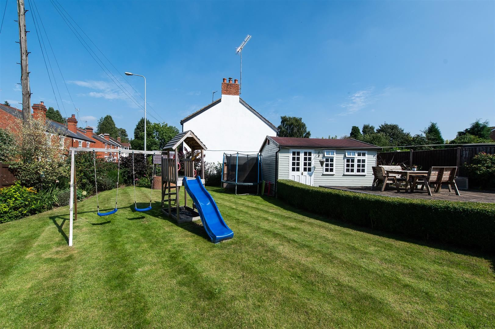 4 bed detached for sale in Blakedown 26