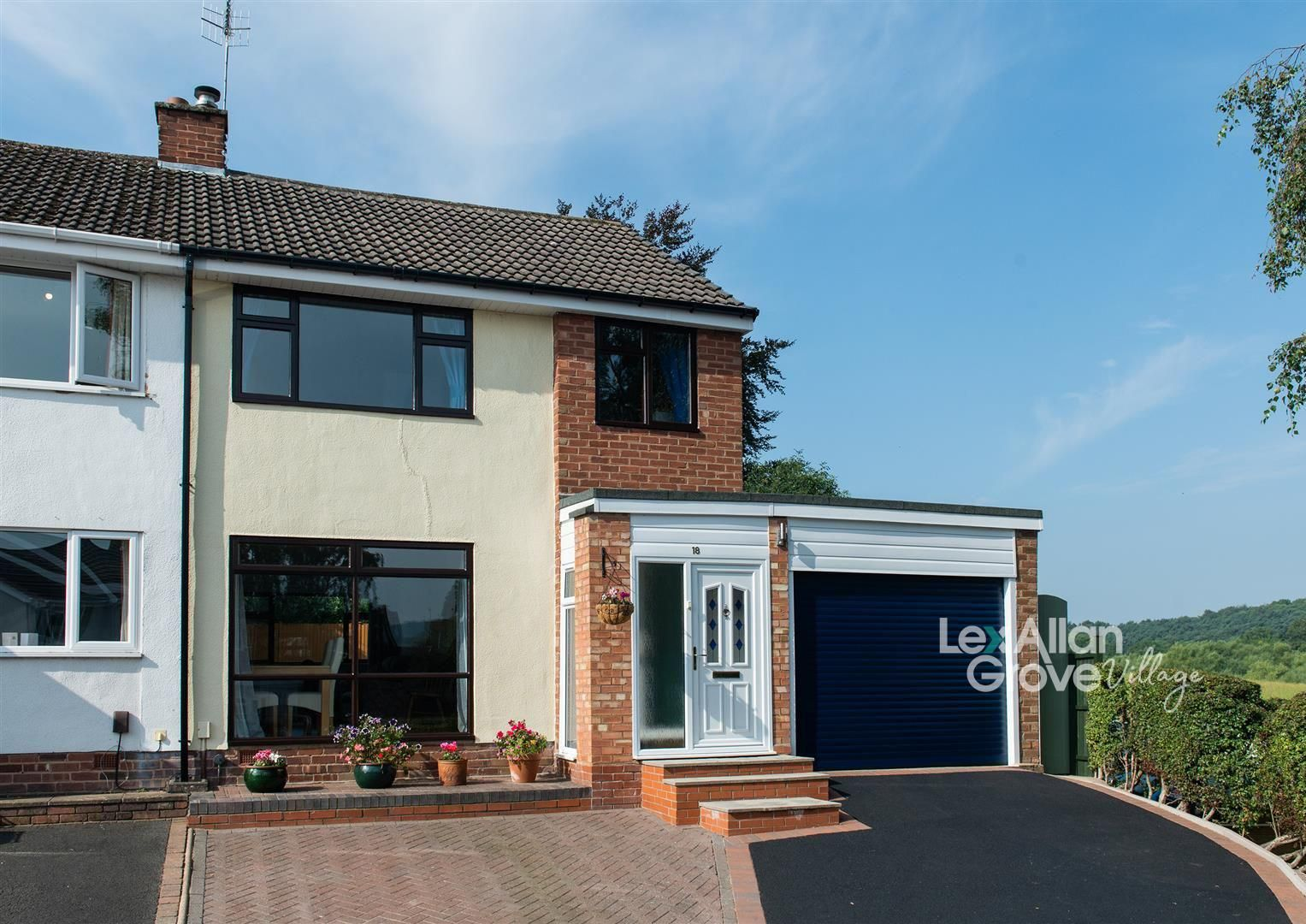3 bed semi-detached for sale in Hagley, DY9