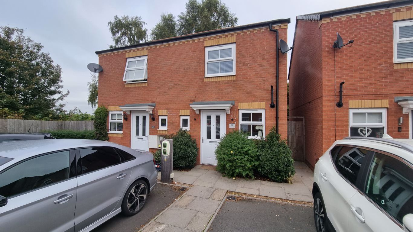 2 bed  to rent in Wordsley, DY5