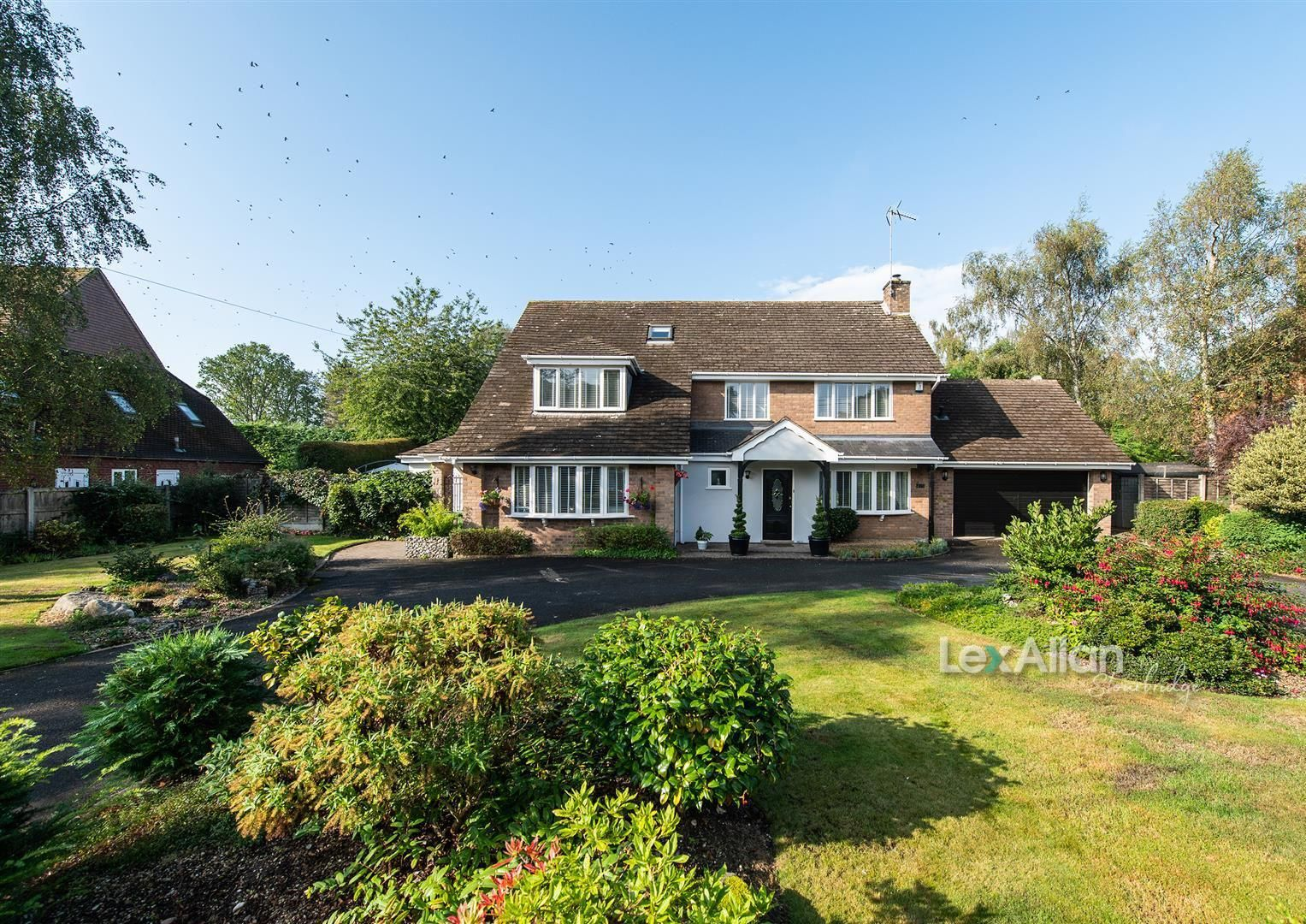 5 bed house for sale, DY7