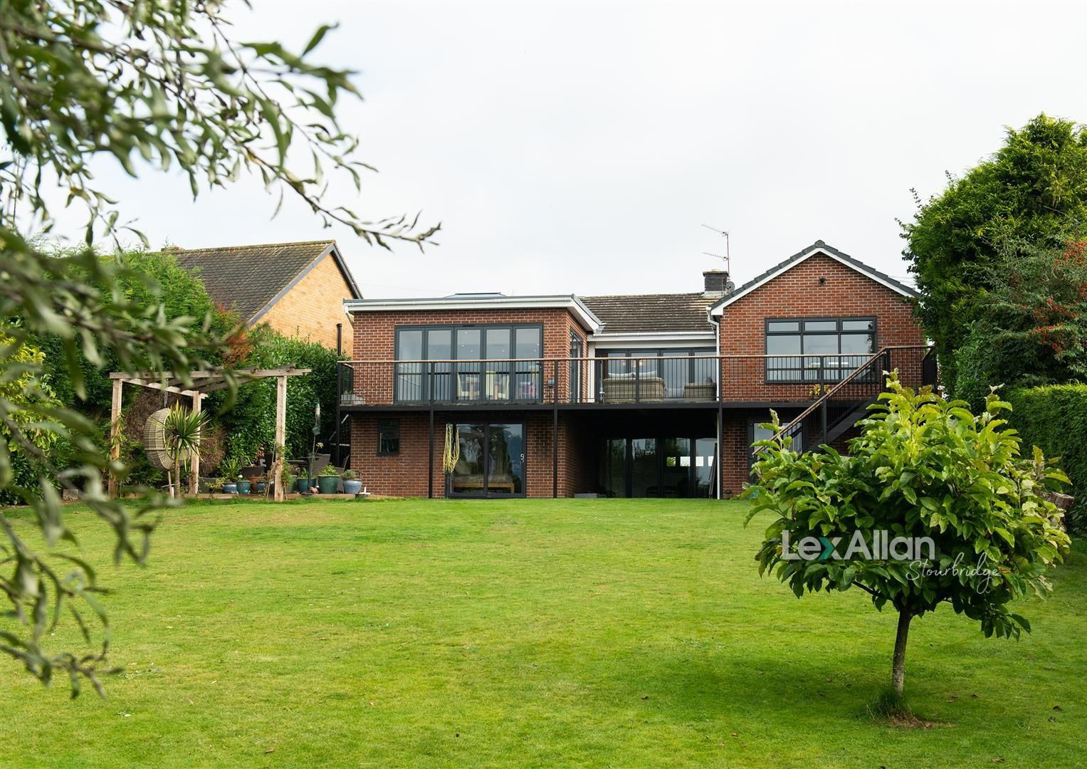 5 bed house for sale in Kinver, DY7