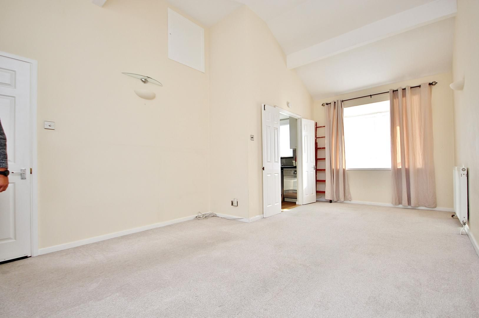 4 bed house to rent in Barnfield Place  - Property Image 8