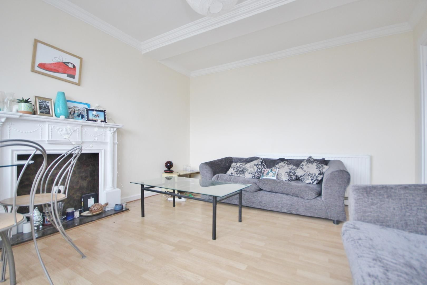 4 bed flat to rent in Bradley Lynch Court  - Property Image 3