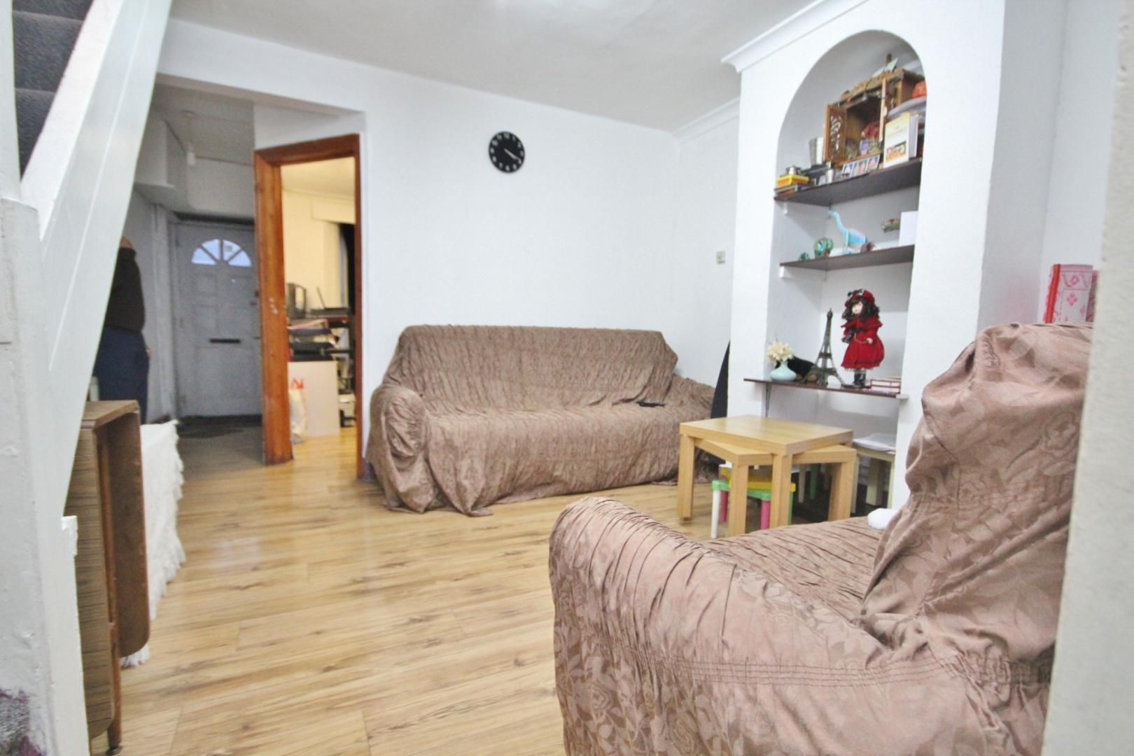 2 bed house to rent in Gloucester Road  - Property Image 5