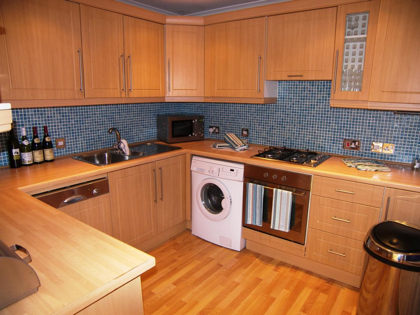 2 bed flat to rent in Waldair Court  - Property Image 8