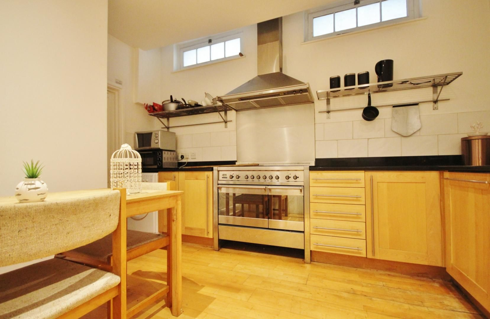 to rent in 338 Alie Street  - Property Image 3