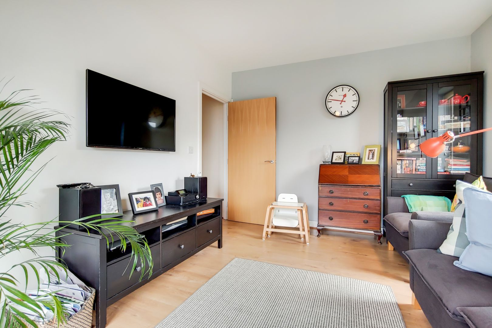 3 bed flat to rent in Watson Place - Property Image 1