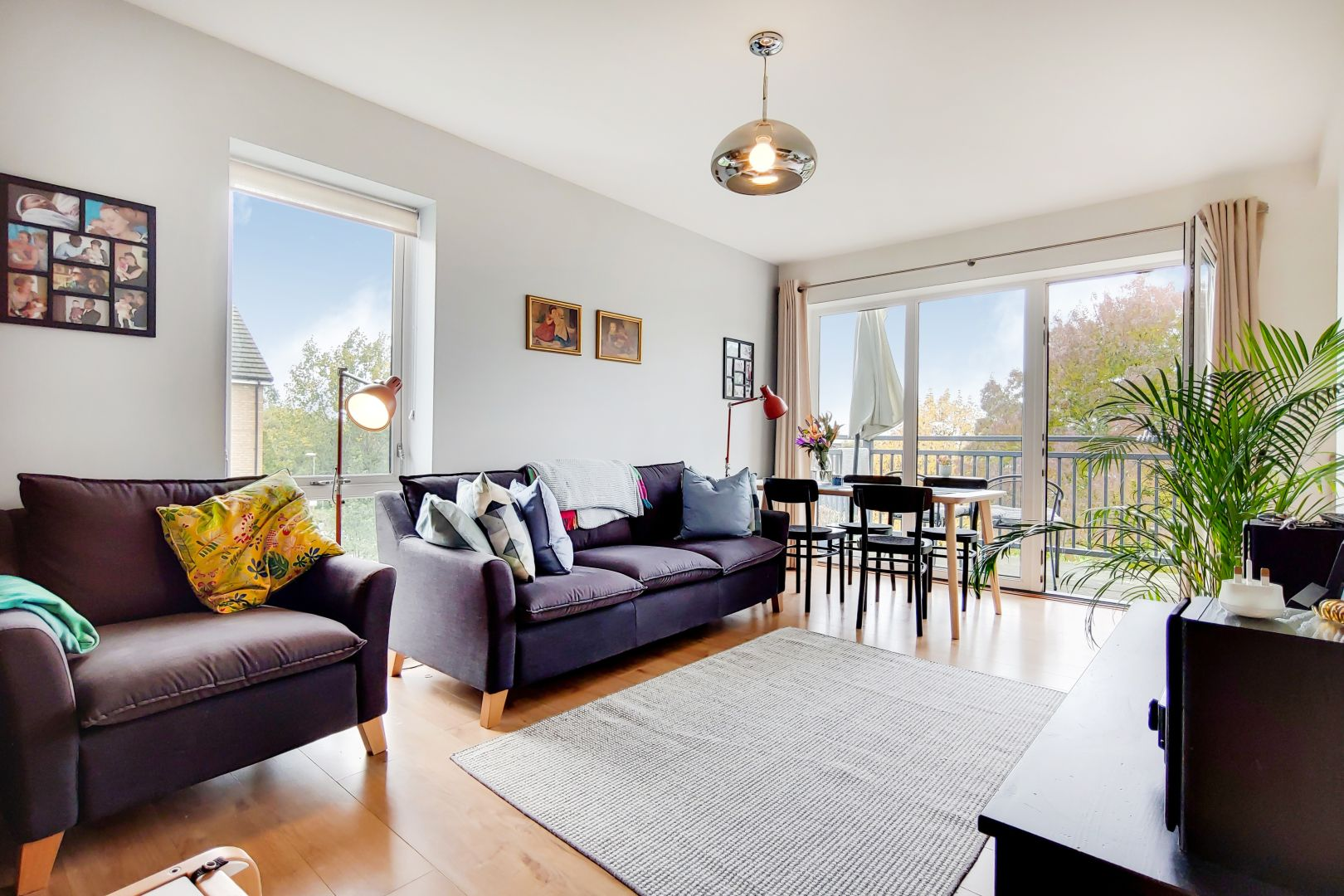 3 bed flat to rent in Watson Place  - Property Image 3