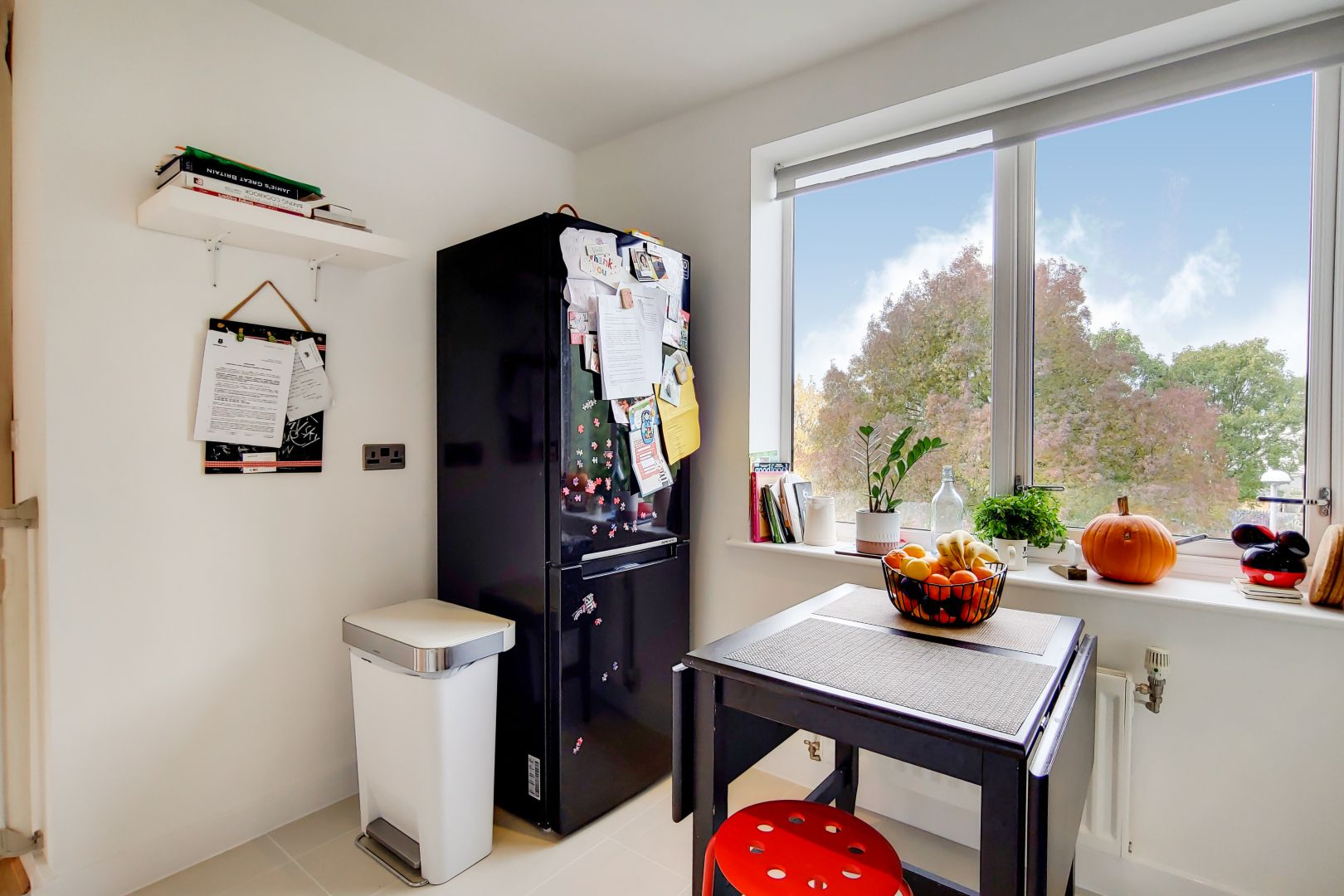 3 bed flat to rent in Watson Place  - Property Image 5