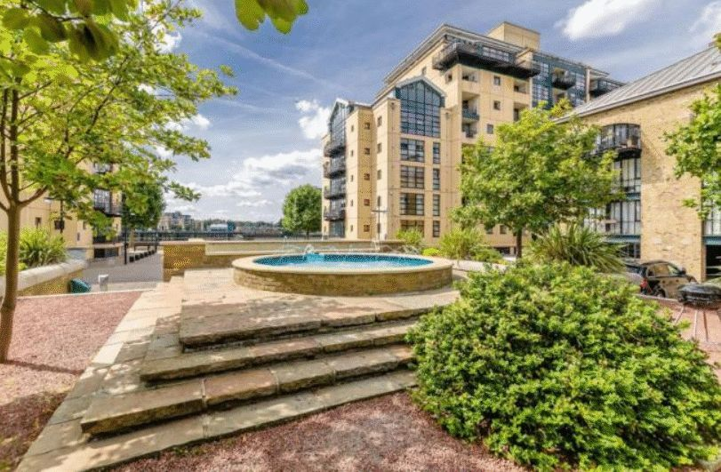2 bed flat to rent in Brunel House  - Property Image 9