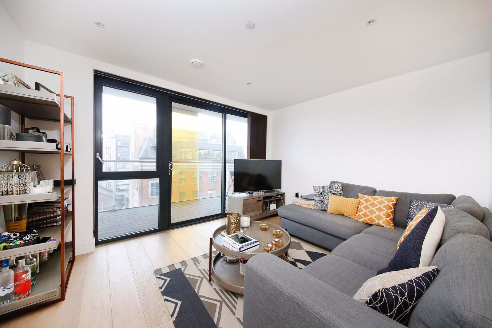 1 bed flat to rent in Kensington Apartments  - Property Image 1