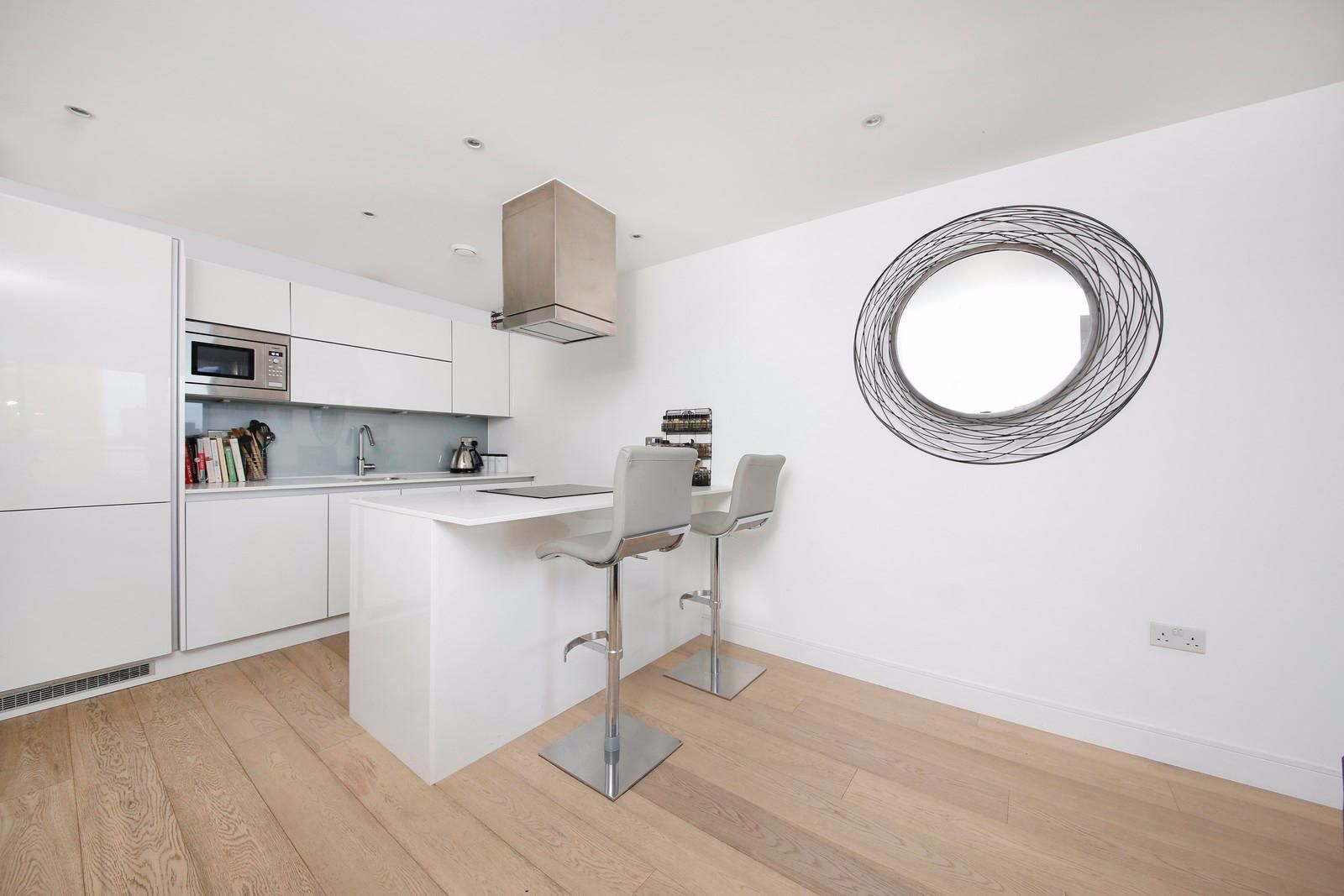 1 bed flat to rent in Kensington Apartments  - Property Image 6