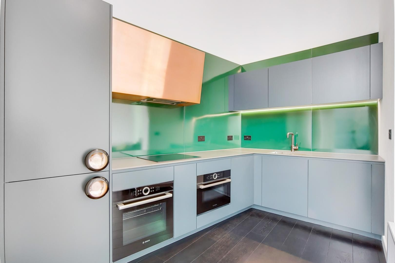 2 bed flat to rent in Building 2  - Property Image 3