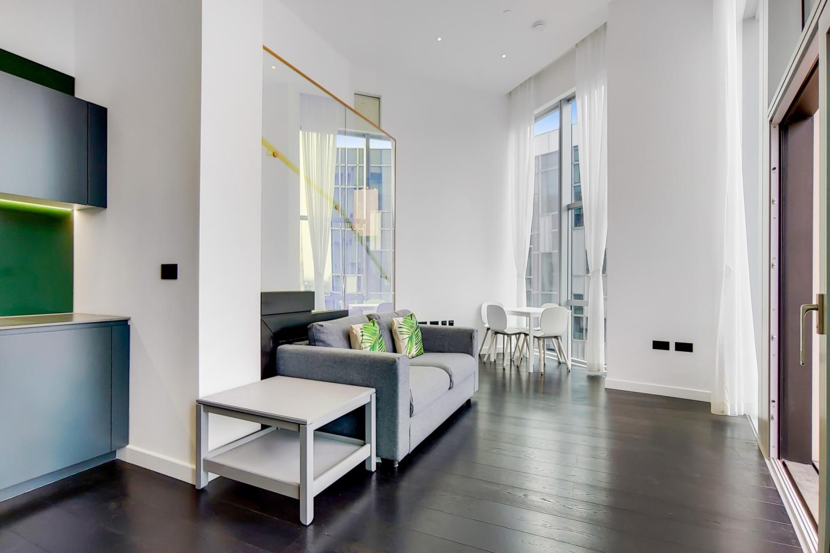 2 bed flat to rent in Building 2  - Property Image 5