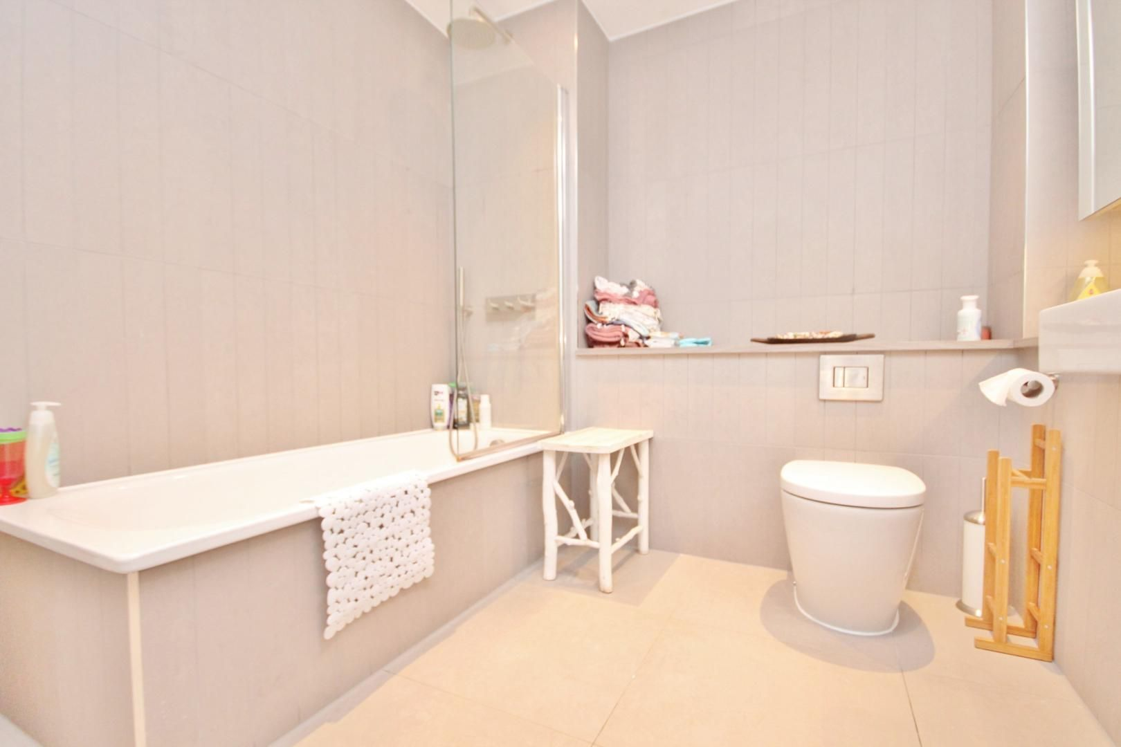2 bed flat to rent in Mogul Building  - Property Image 6