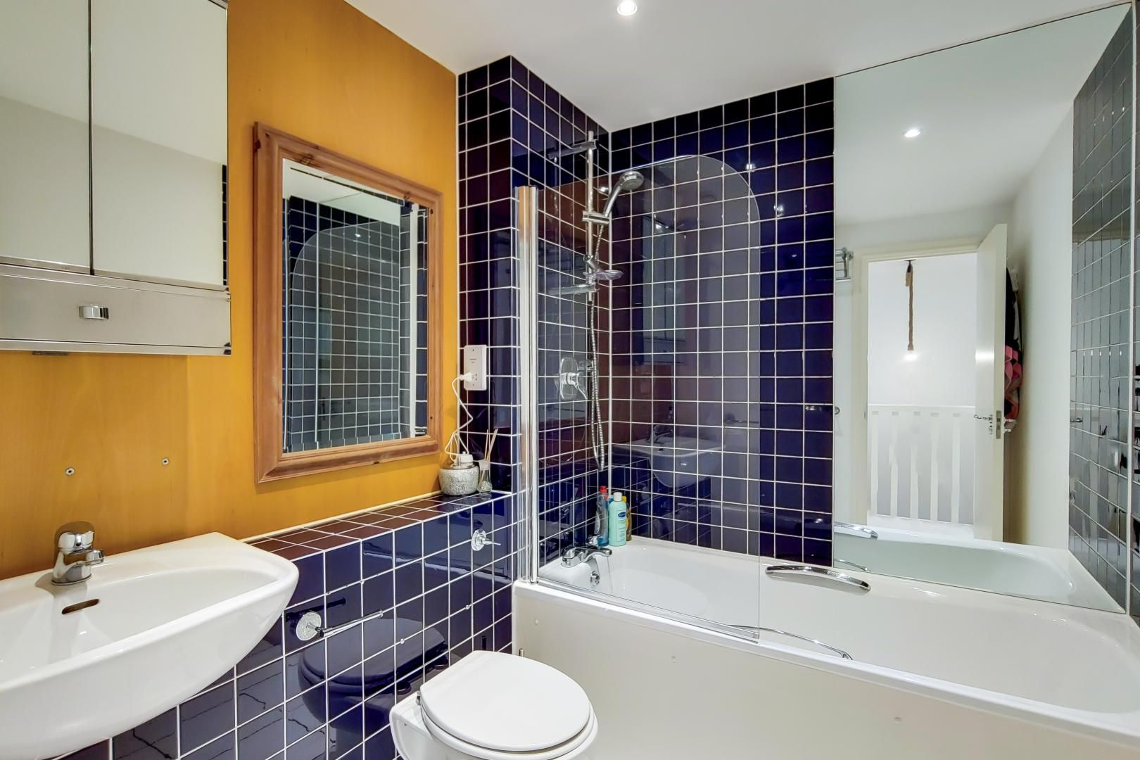 3 bed flat for sale in Naylor Building East  - Property Image 12