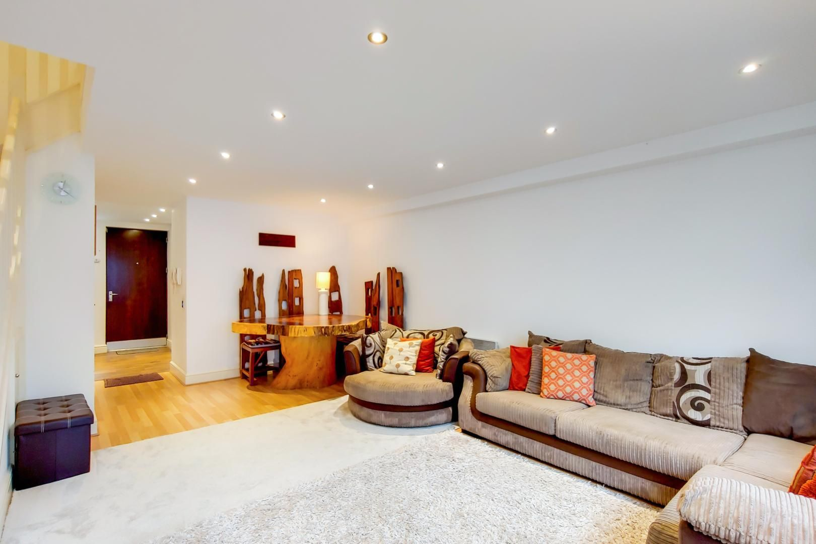 3 bed flat for sale in Naylor Building East  - Property Image 3