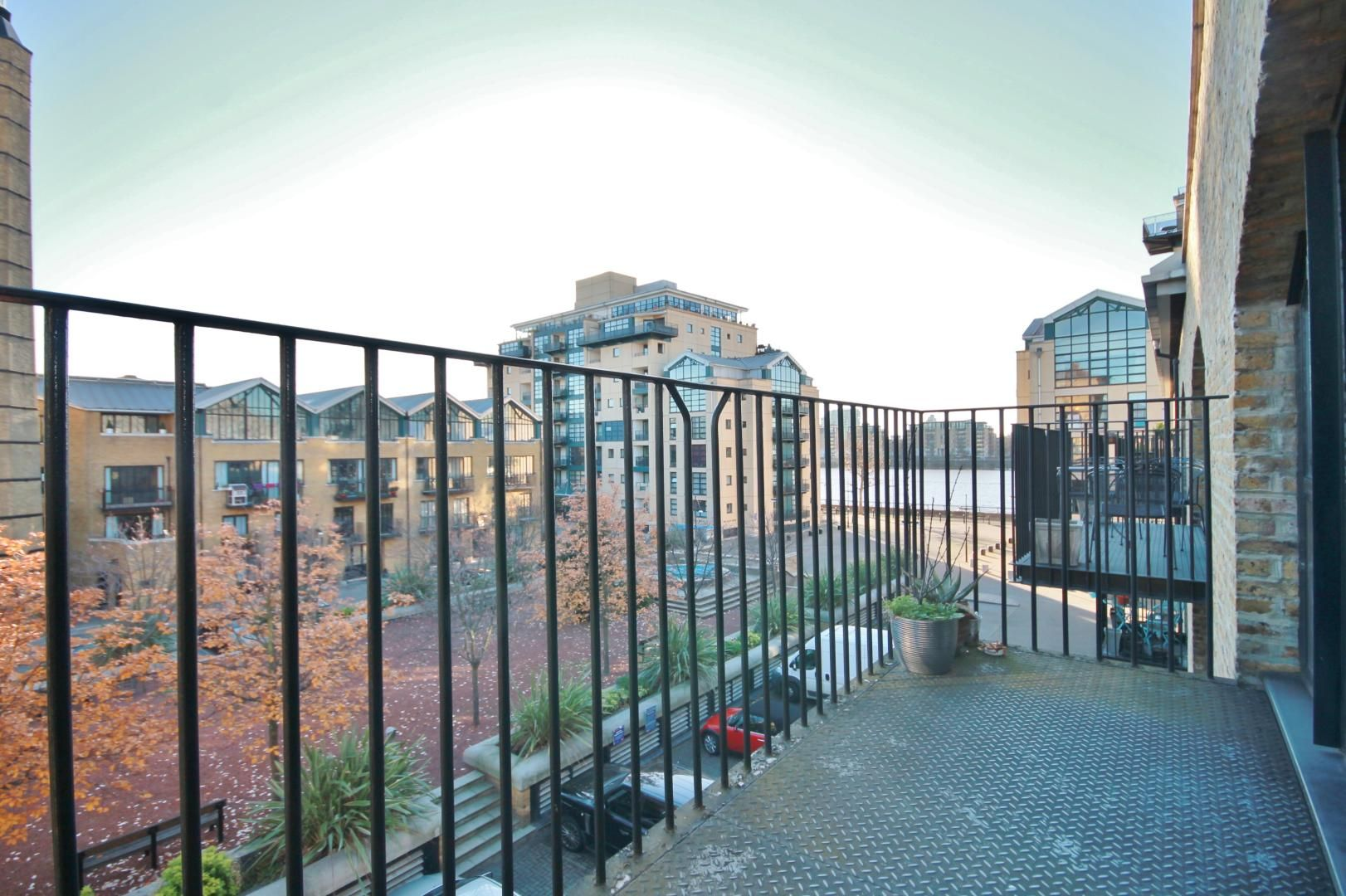 2 bed flat for sale in Taffrail House  - Property Image 2