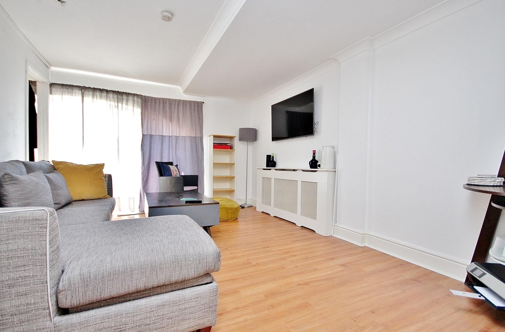 2 bed flat for sale in Taffrail House  - Property Image 4