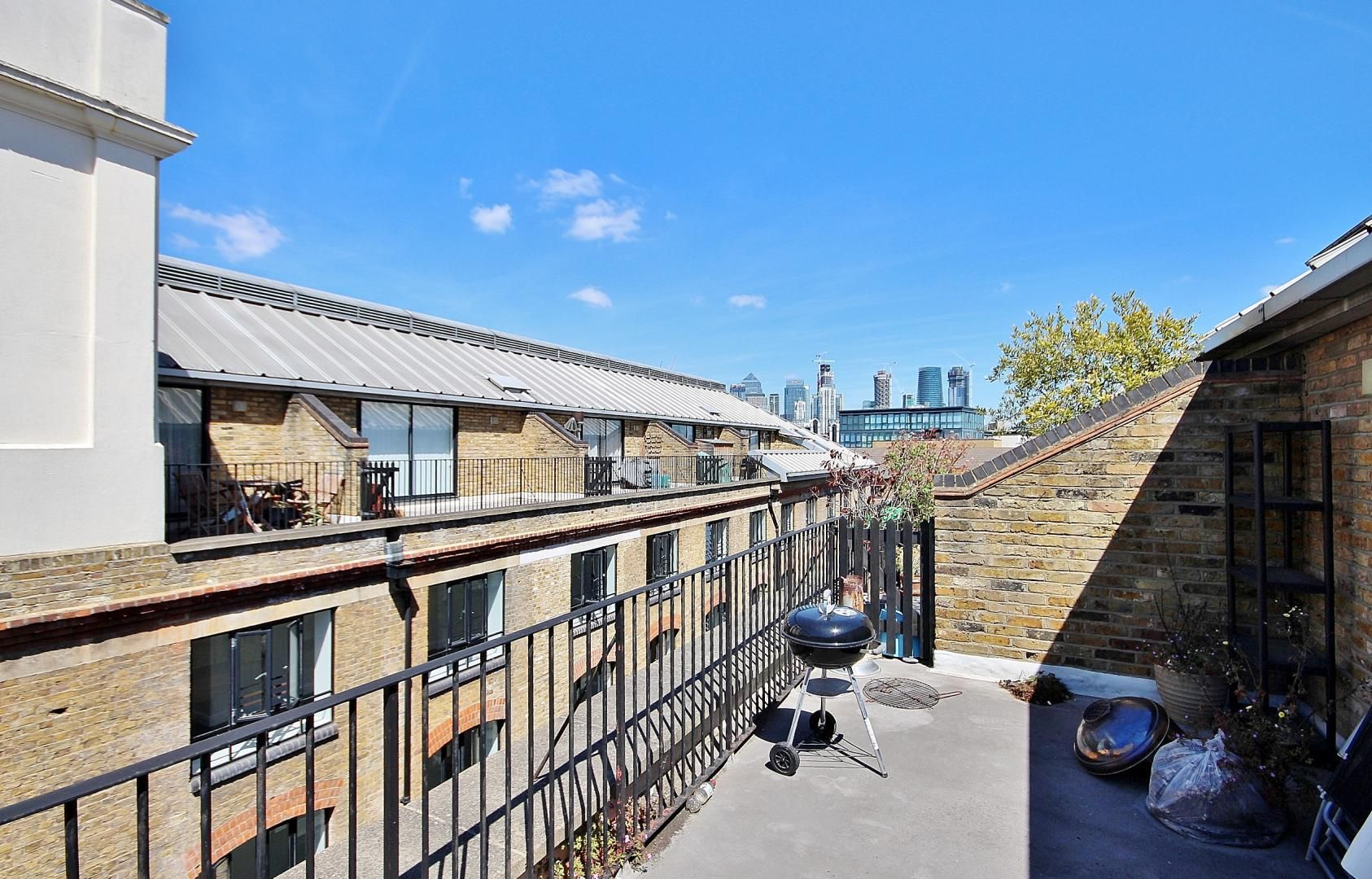 2 bed flat for sale in Taffrail House  - Property Image 9