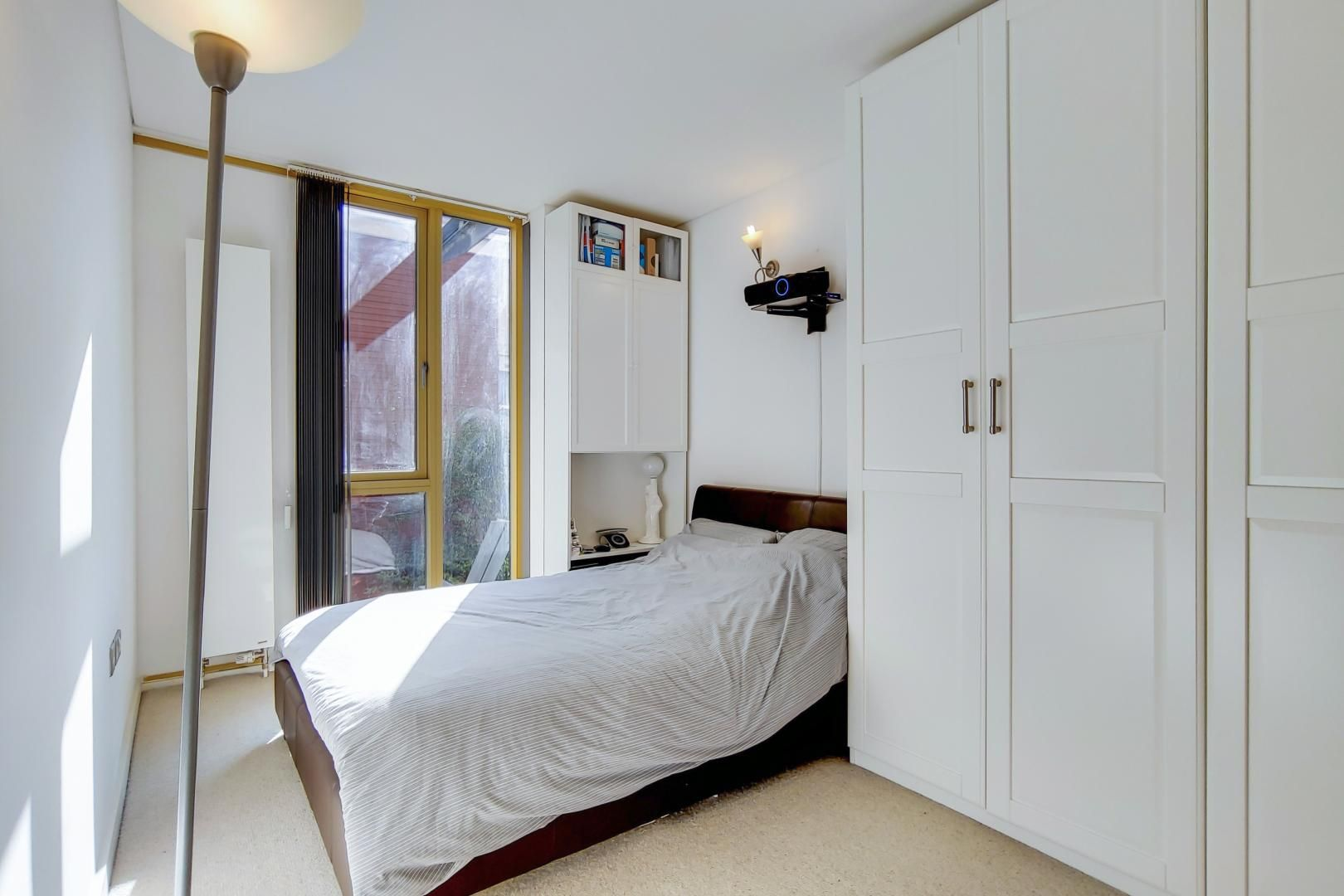 3 bed flat for sale in Becquerel Court  - Property Image 5