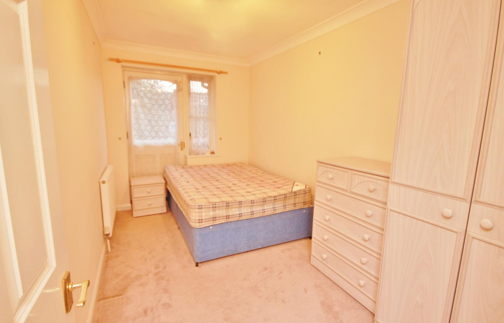 2 bed flat for sale in Whittington Mews  - Property Image 5