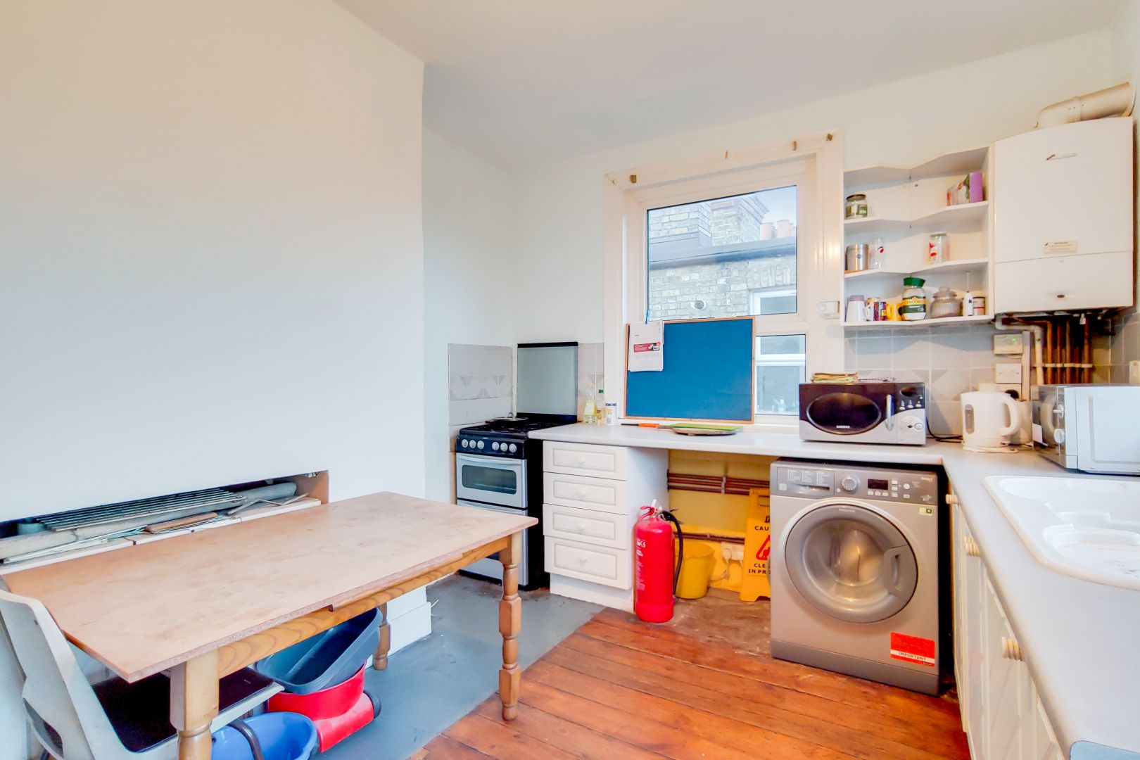 3 bed flat for sale in Portland Road  - Property Image 3