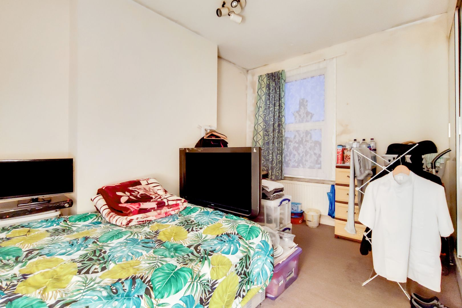 3 bed flat for sale in Portland Road  - Property Image 9