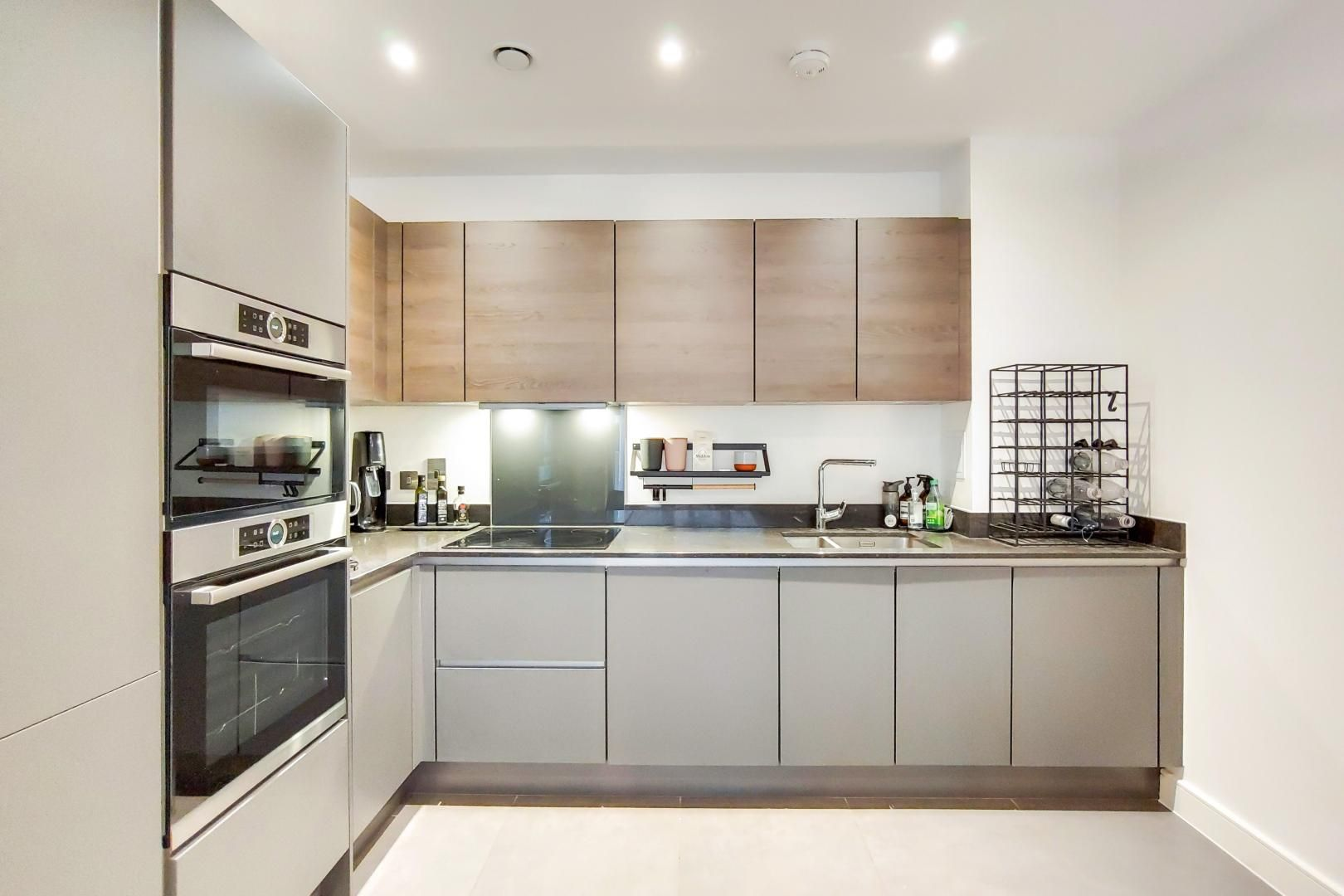 1 bed flat for sale in Bagel Factory  - Property Image 3