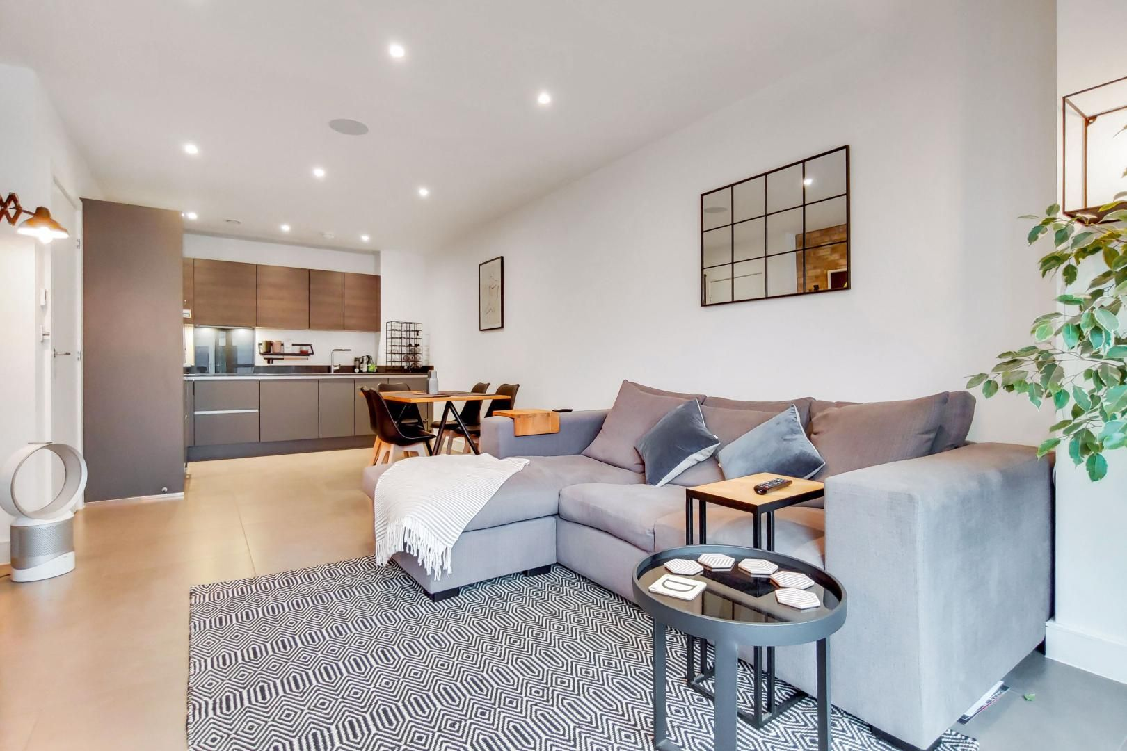 1 bed flat for sale in Bagel Factory  - Property Image 4