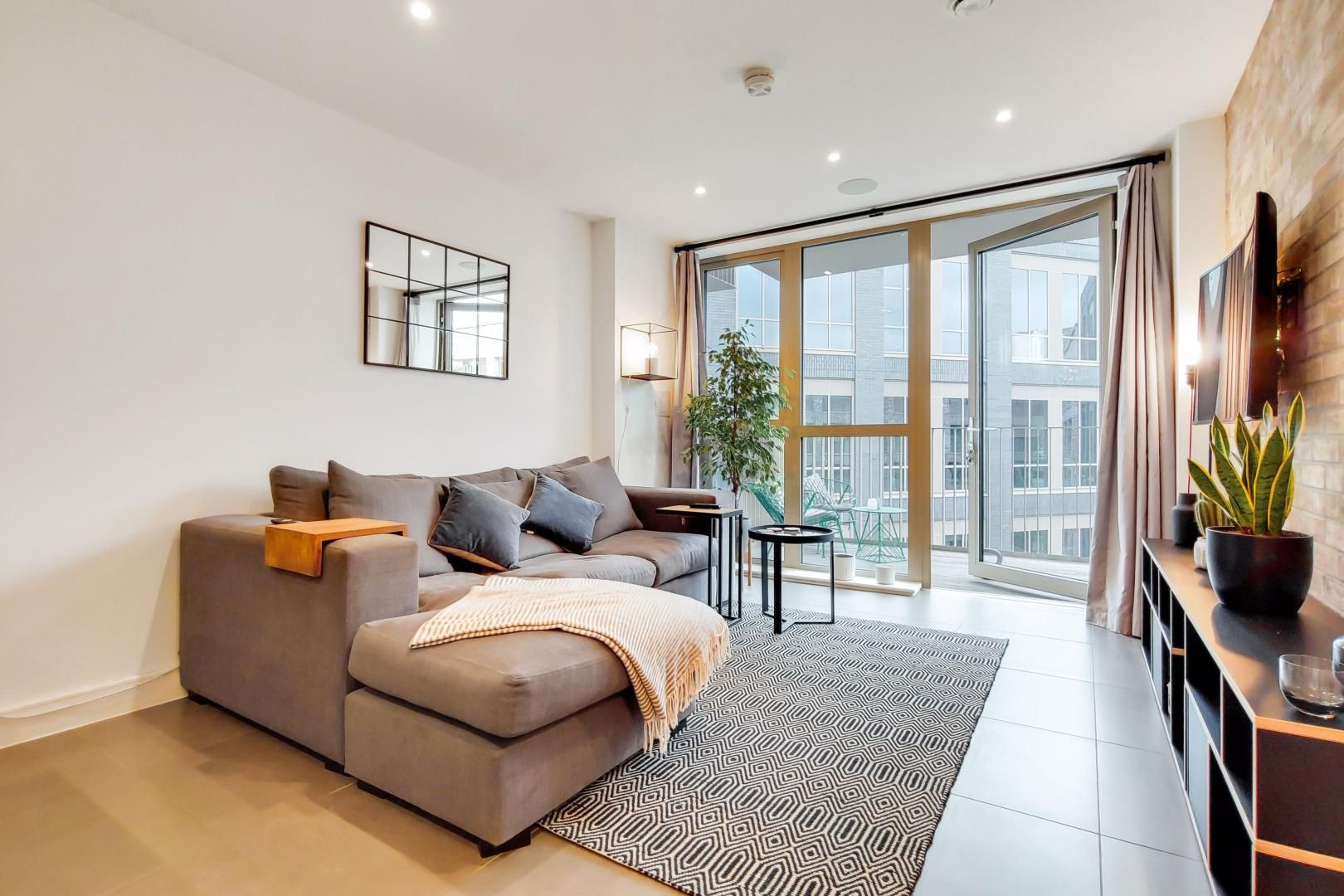 1 bed flat for sale in Bagel Factory  - Property Image 5