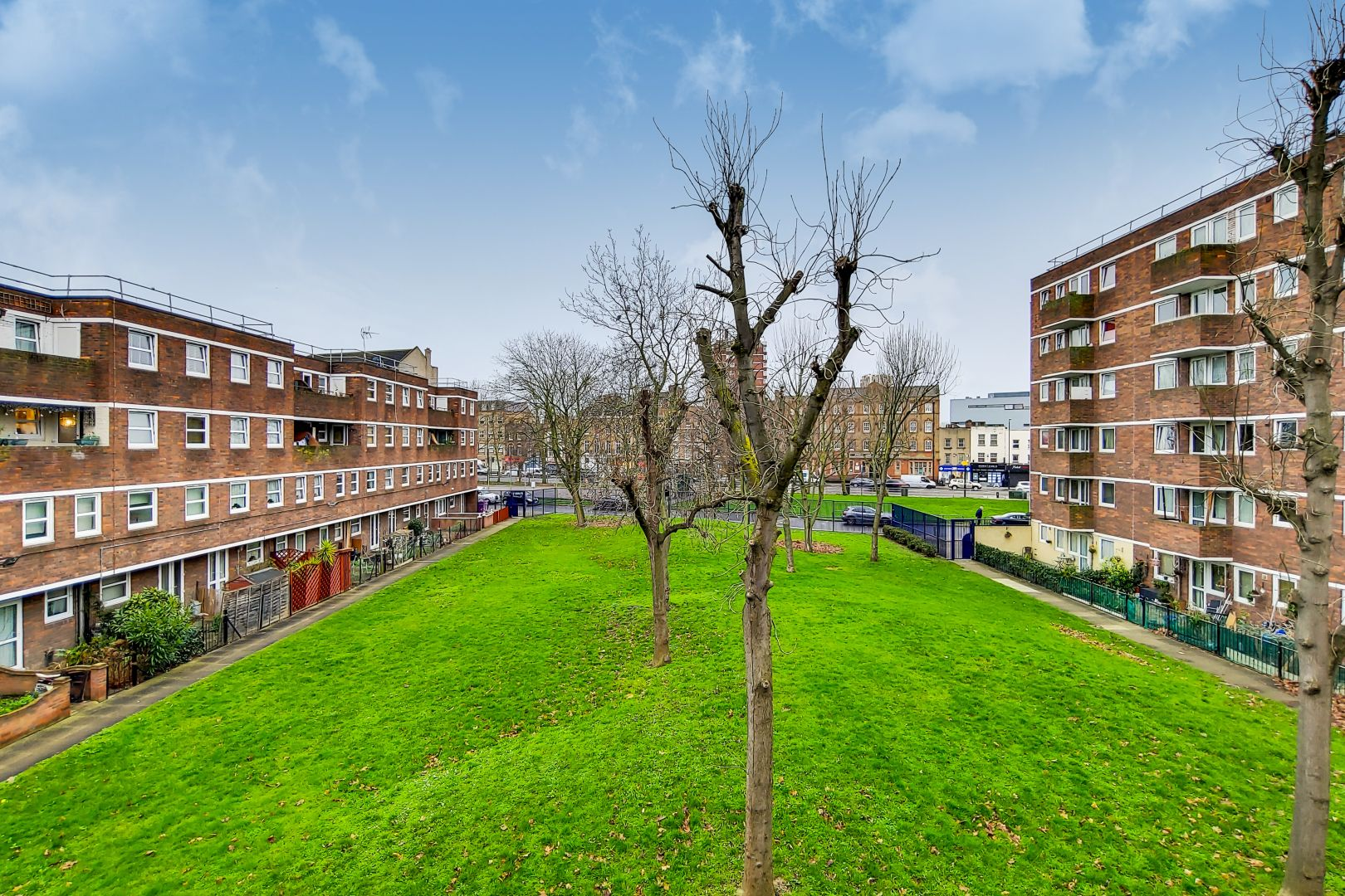 2 bed flat for sale in Clearbrook Way  - Property Image 12