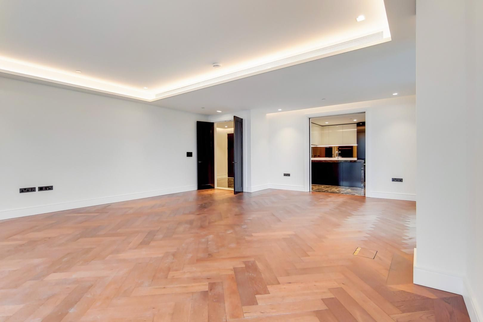 3 bed flat to rent in 5 Belvedere Gardens  - Property Image 3