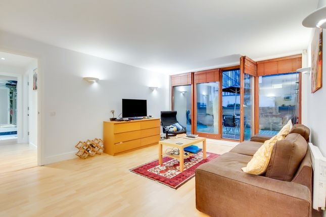 2 bed flat for sale in Naylor Building West  - Property Image 2