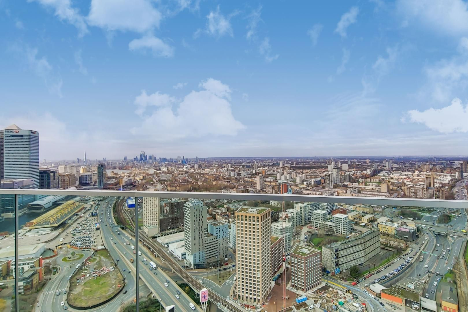 2 bed flat for sale in Charrington Tower  - Property Image 6