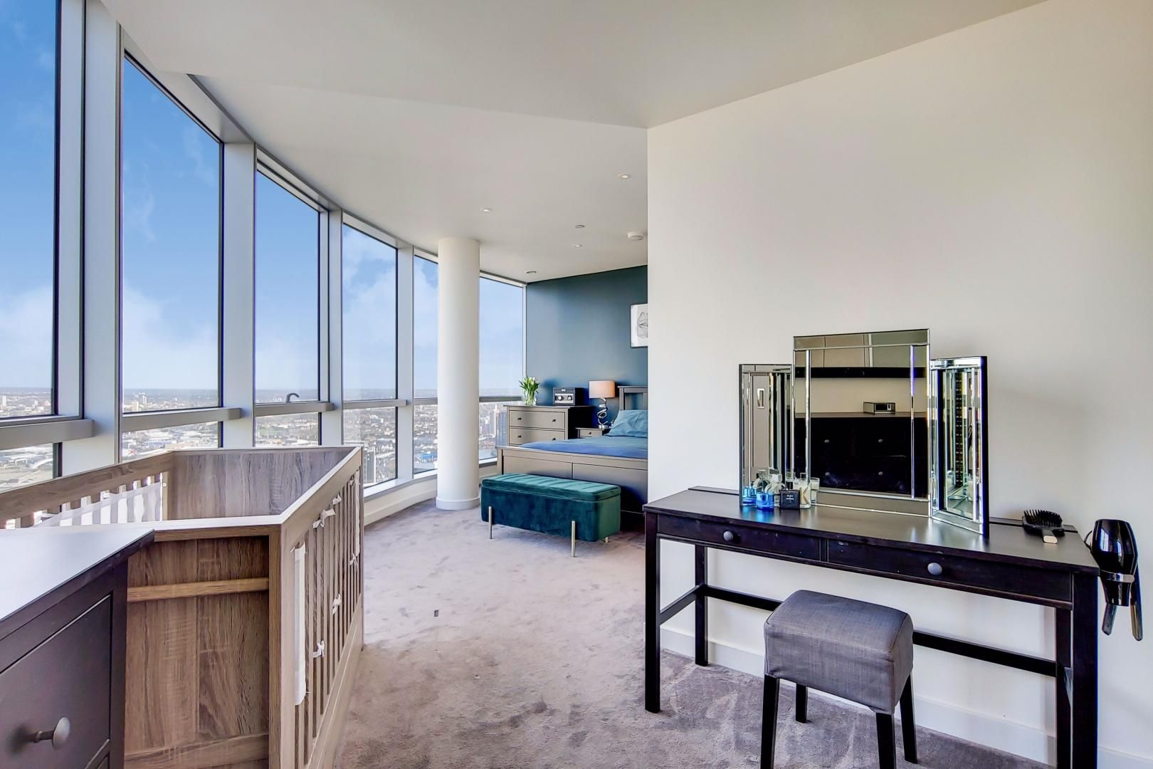 2 bed flat for sale in Charrington Tower  - Property Image 7