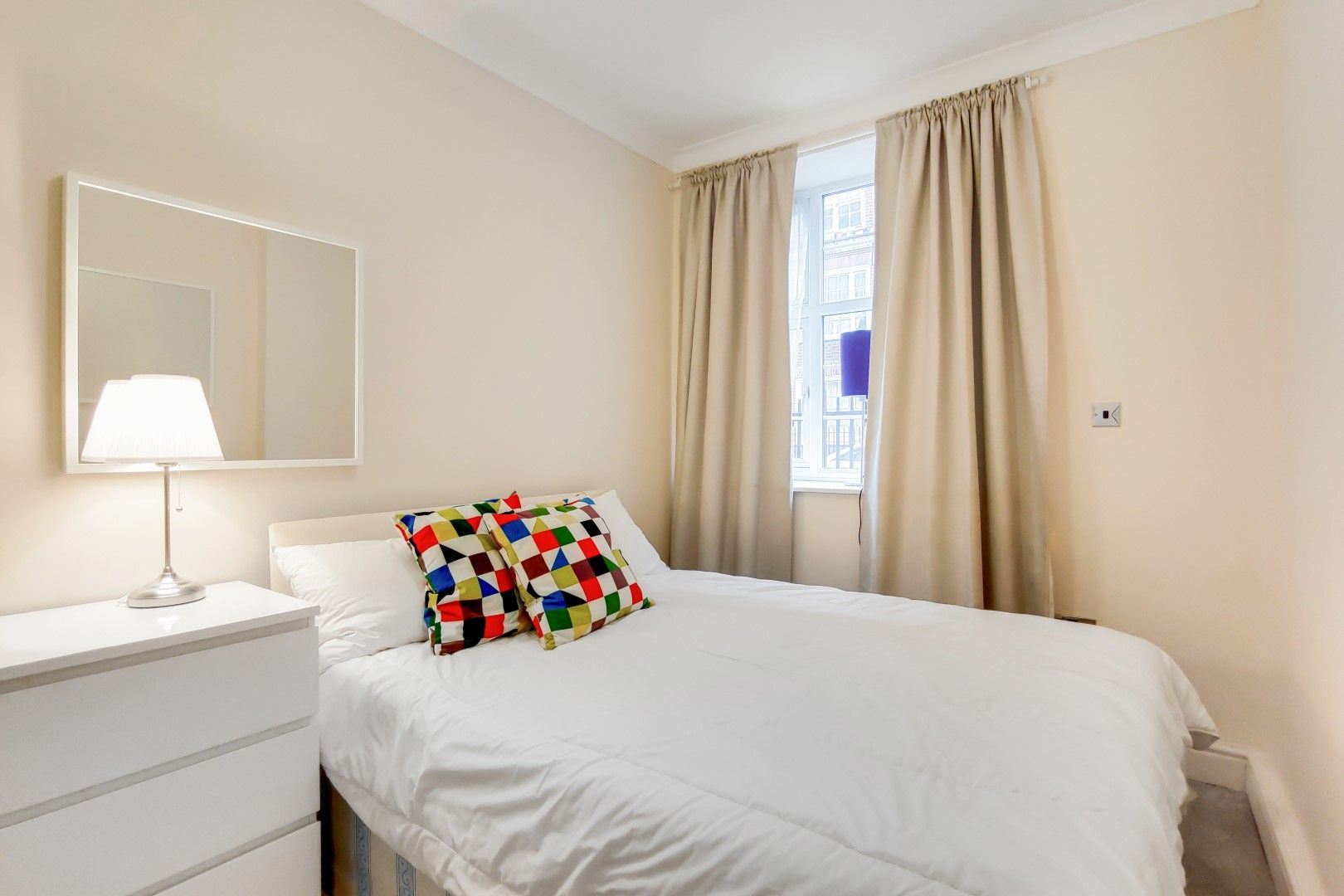2 bed flat to rent in Bevan House  - Property Image 7
