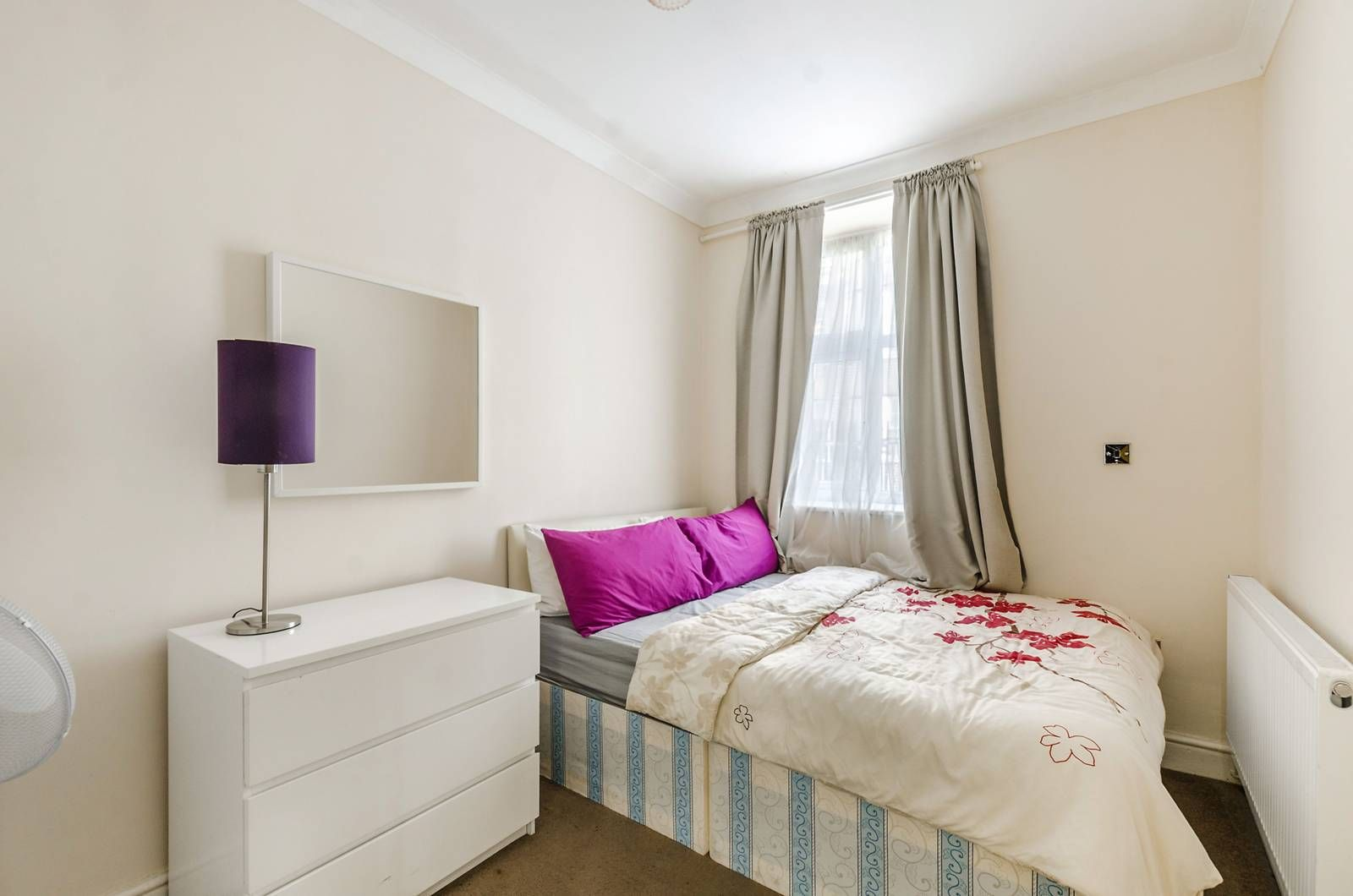 2 bed flat to rent in Bevan House  - Property Image 9