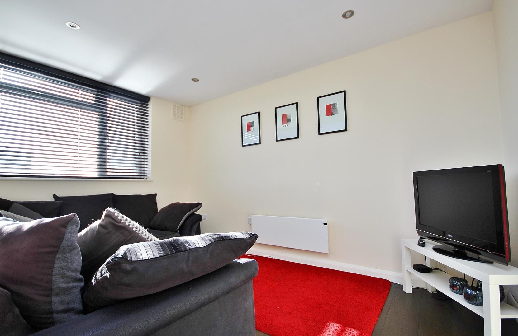 2 bed flat to rent in E1 Studios  - Property Image 3