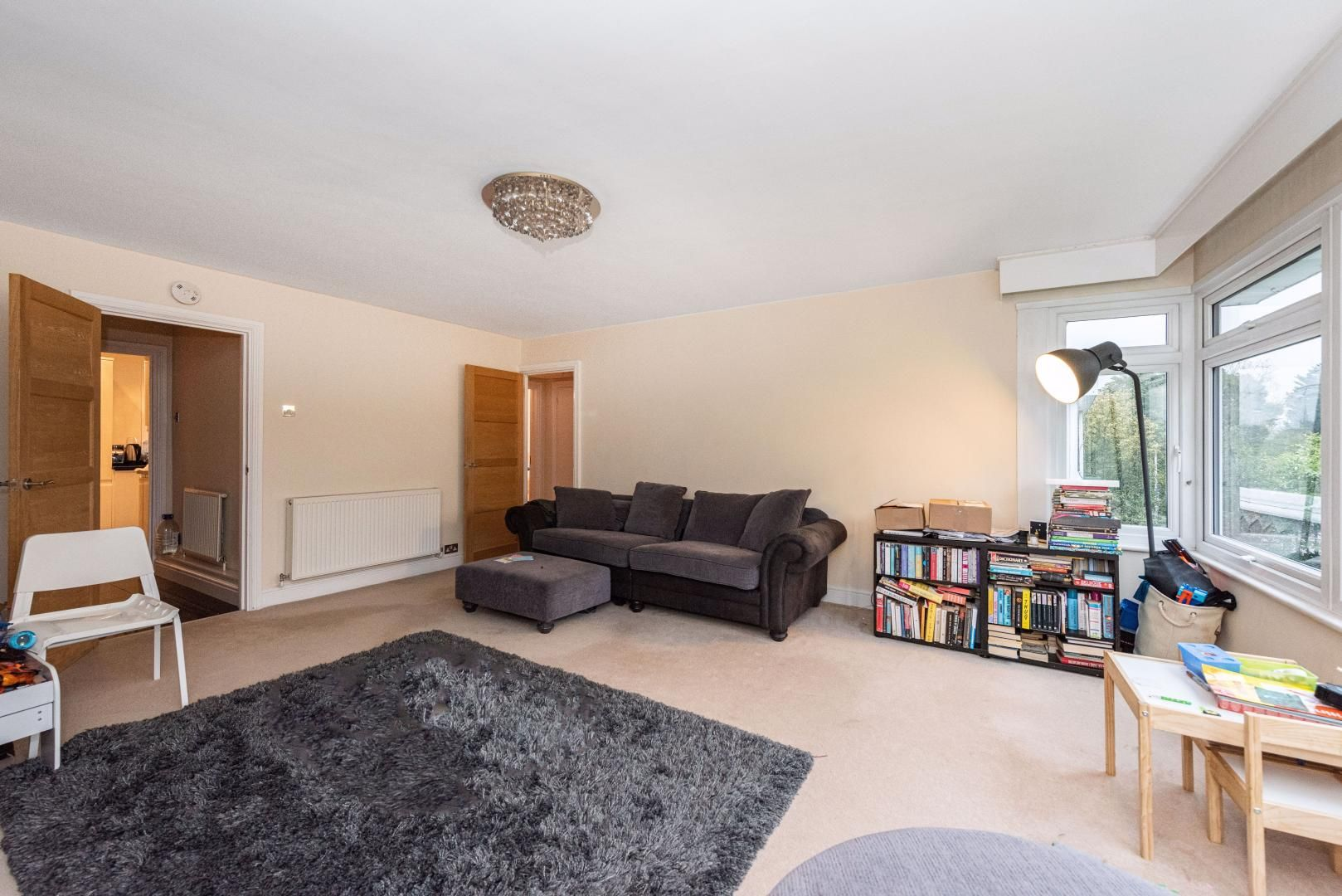 2 bed flat to rent in Whitehall Lane  - Property Image 2