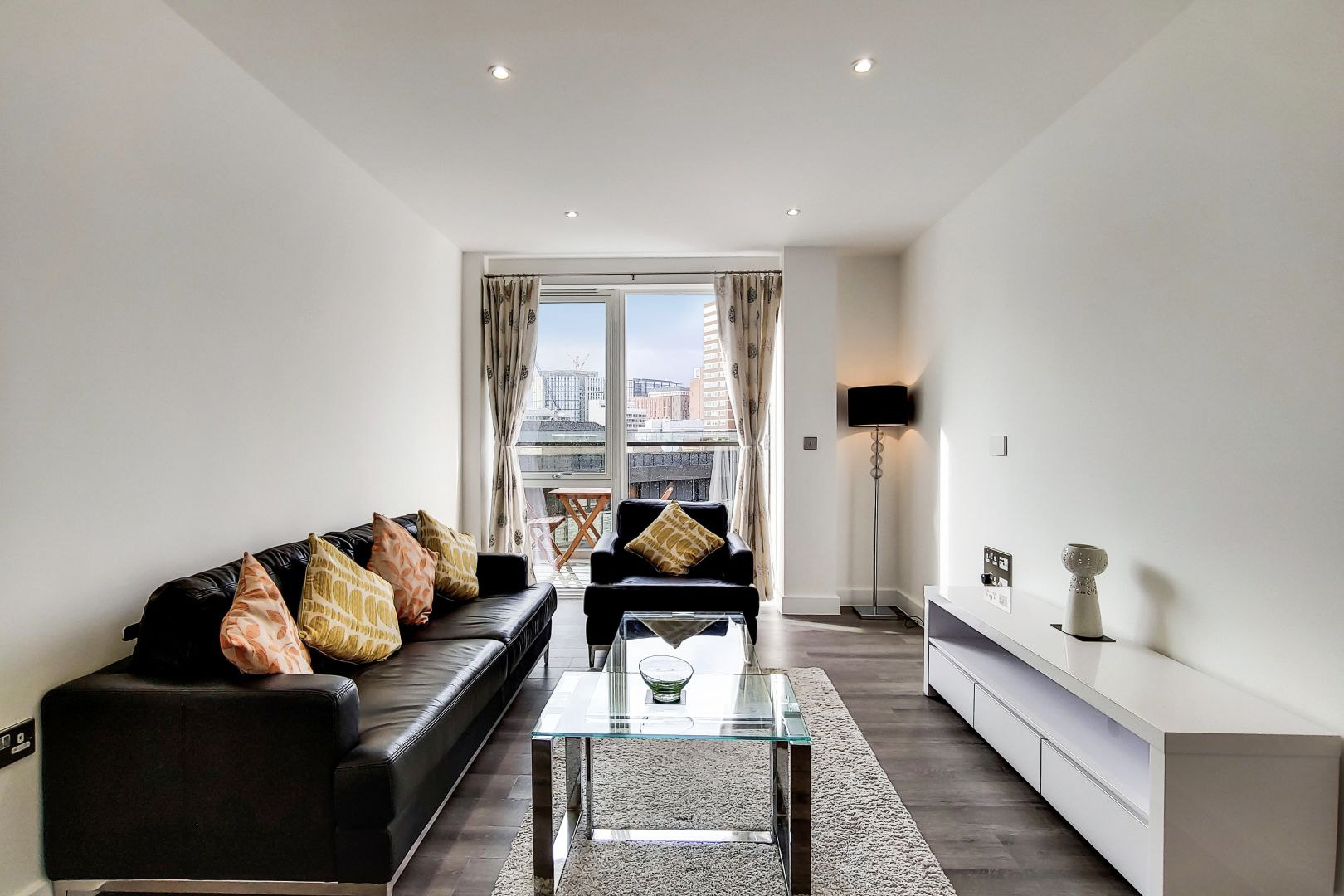 1 bed flat to rent in New North Road  - Property Image 6