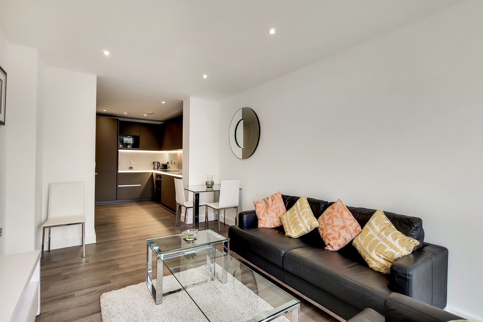 1 bed flat to rent in New North Road  - Property Image 7