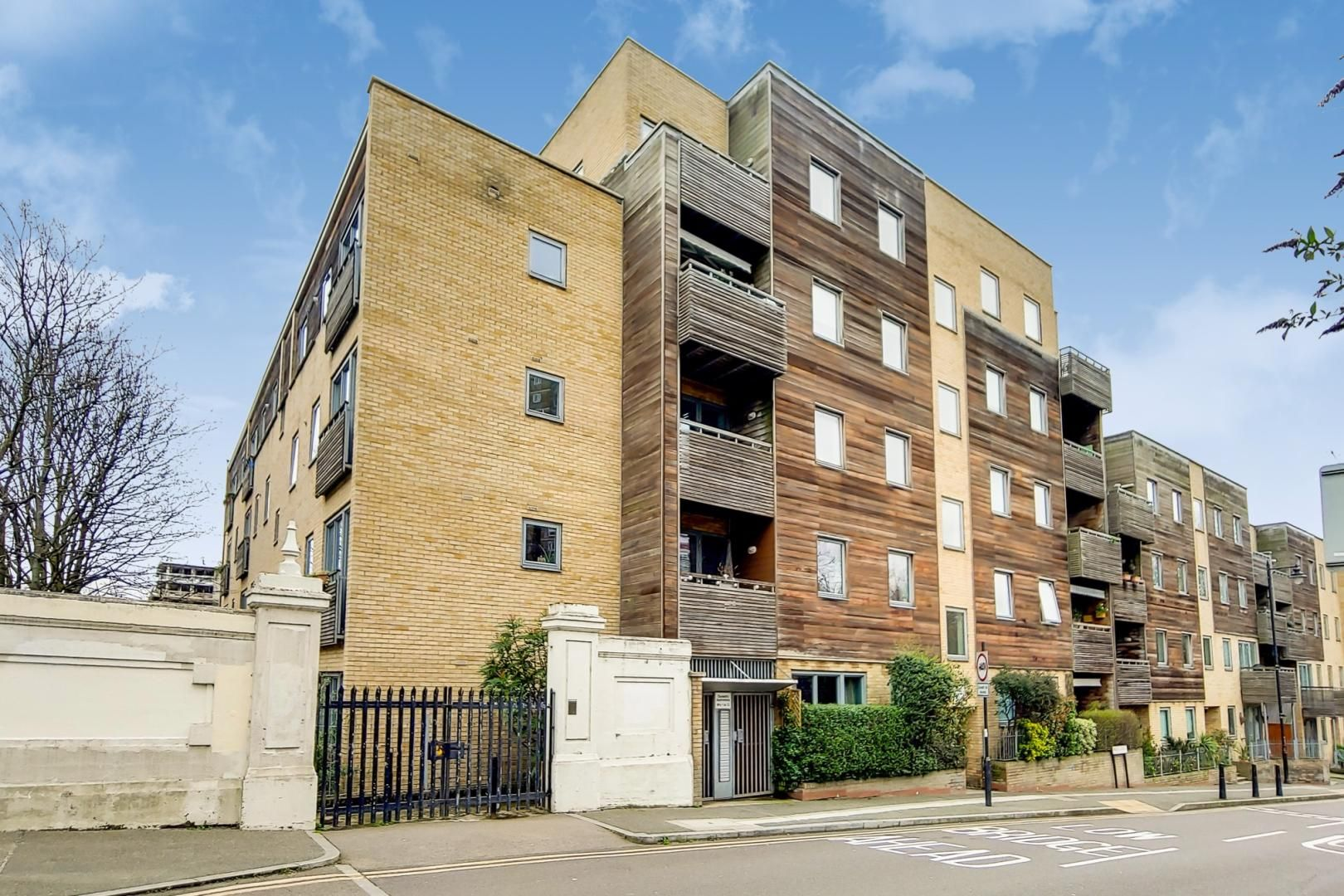 1 bed flat for sale in Ducketts Apartments, E3