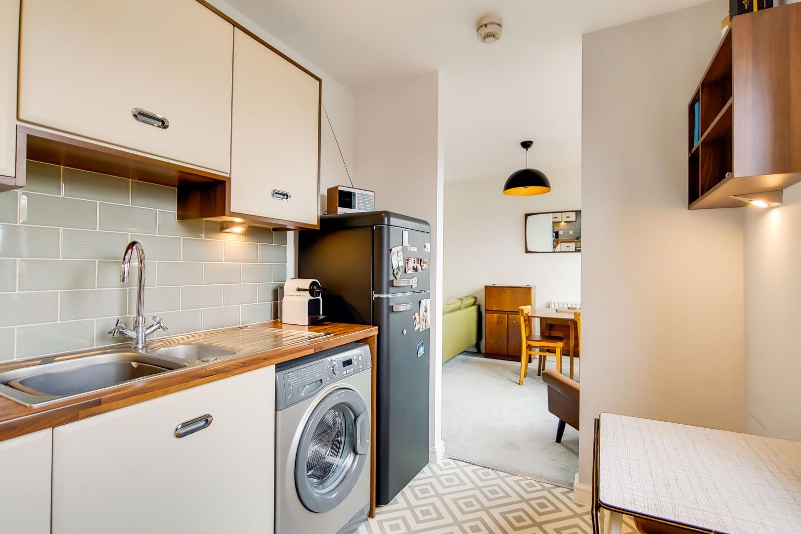 1 bed flat for sale in Ducketts Apartments  - Property Image 11