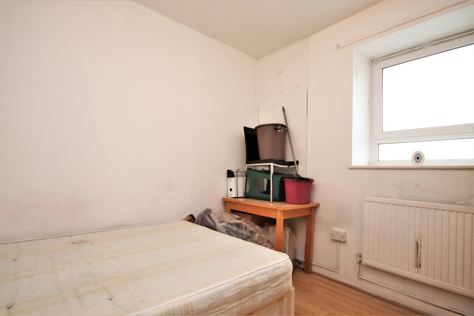 3 bed flat for sale in Meyrick House  - Property Image 3