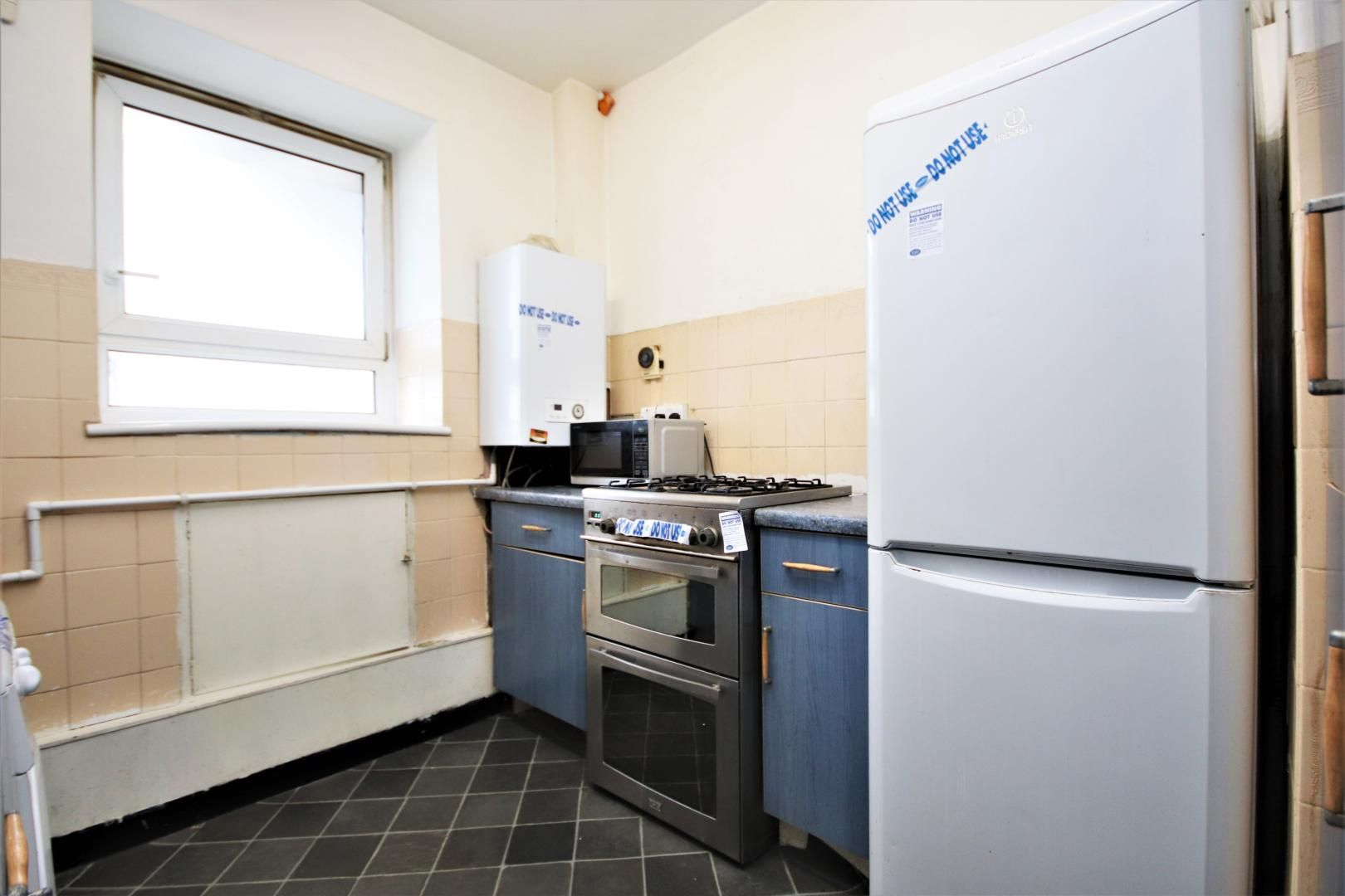 3 bed flat for sale in Meyrick House  - Property Image 8